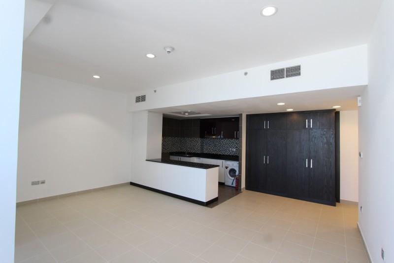 Studio Apartment For Sale in  Cayan Tower,  Dubai Marina | 11