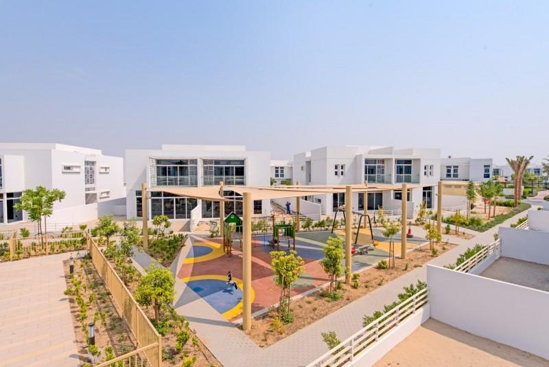4 Bedroom Villa For Rent in  Arabella Townhouses 3,  Mudon   16