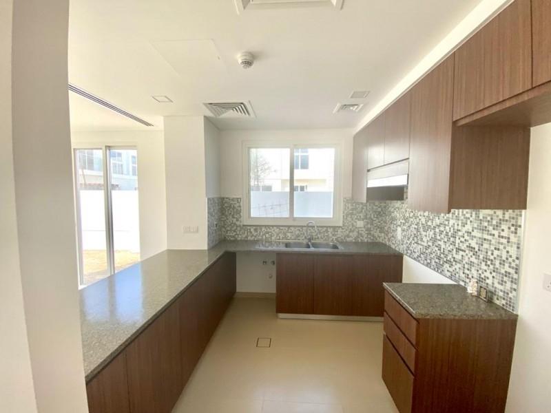 4 Bedroom Villa For Rent in  Arabella Townhouses 3,  Mudon   6