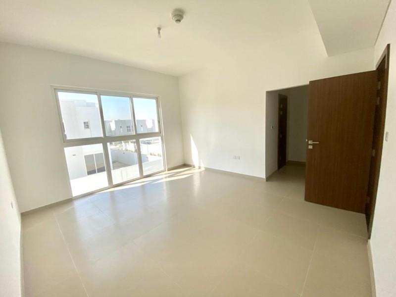 4 Bedroom Villa For Rent in  Arabella Townhouses 3,  Mudon   11