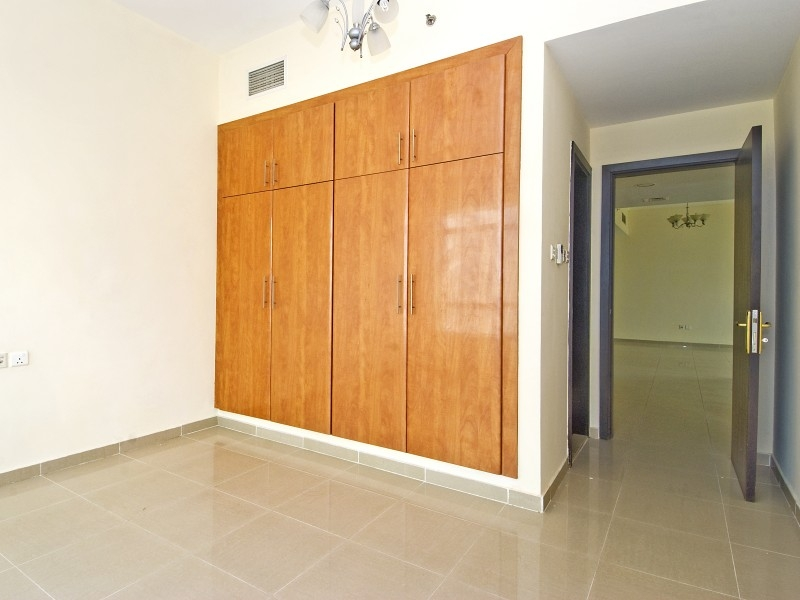 2 Bedroom Apartment For Sale in  Lake City Tower,  Jumeirah Lake Towers   4