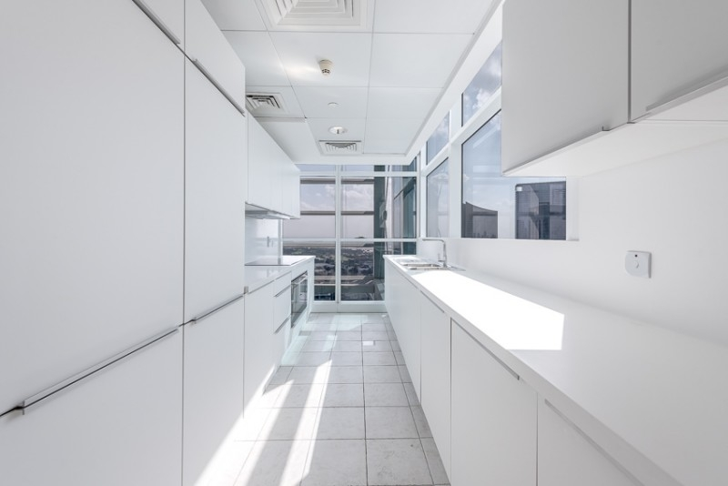 3 Bedroom Apartment For Rent in  Capricorn Towers,  Sheikh Zayed Road | 3
