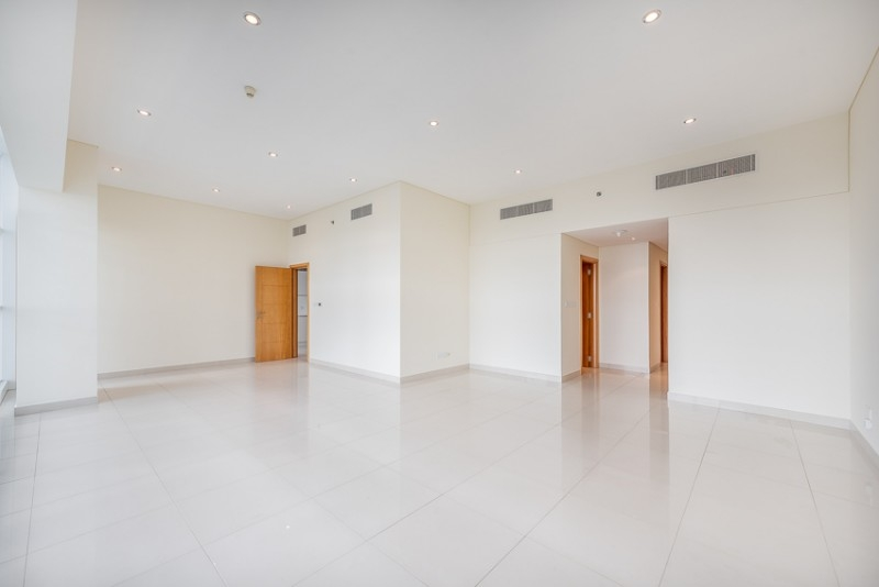 3 Bedroom Apartment For Rent in  Capricorn Towers,  Sheikh Zayed Road   2