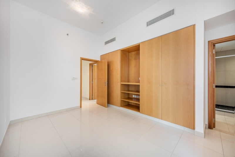 2 Bedroom Apartment For Rent in  Capricorn Towers,  Sheikh Zayed Road   4
