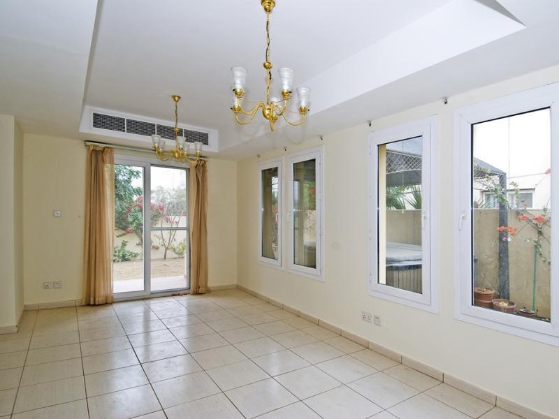 2 Bedroom Villa For Sale in  Springs 15,  The Springs   2