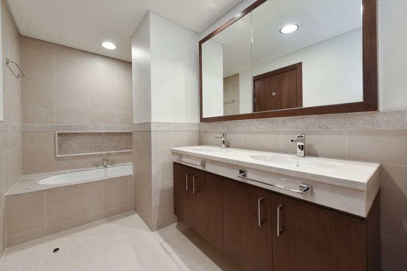 2 Bedroom Apartment For Sale in  Burj Vista 2,  Downtown Dubai   6