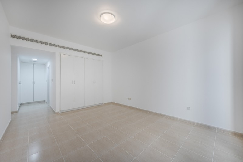 3 Bedroom Apartment For Rent in  Ghaya Residence,  Sheikh Zayed Road | 4