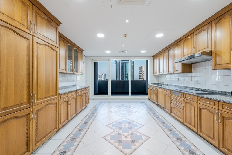 3 Bedroom Apartment For Rent in  Ghaya Residence,  Sheikh Zayed Road | 0