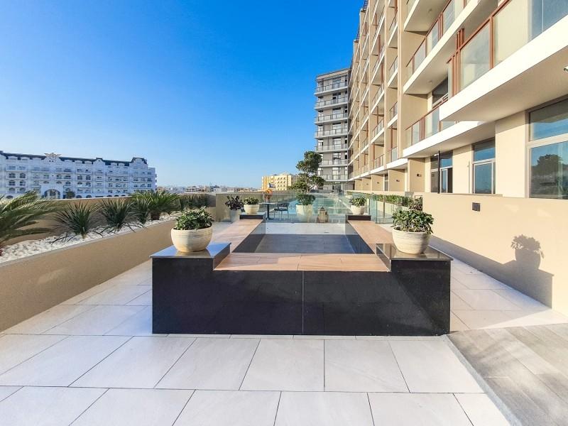 1 Bedroom Apartment For Sale in  2020 Marquis,  Arjan | 15