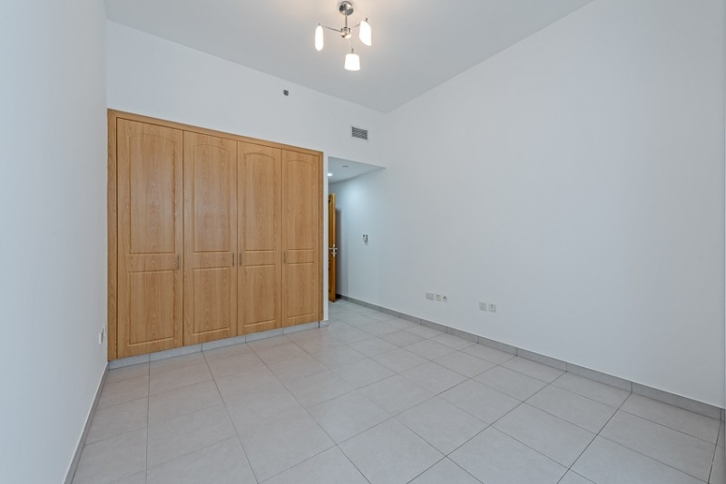 3 Bedroom Apartment For Rent in  Blue Tower,  Sheikh Zayed Road   4