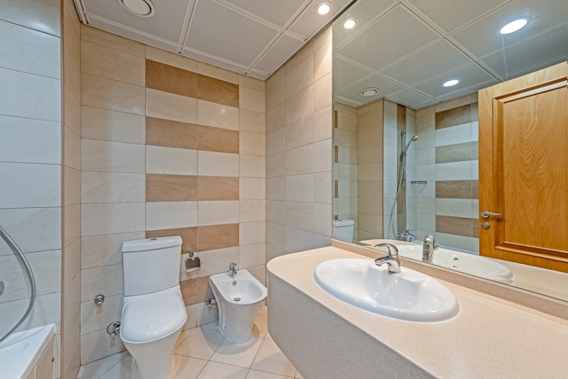 3 Bedroom Apartment For Rent in  Blue Tower,  Sheikh Zayed Road   9