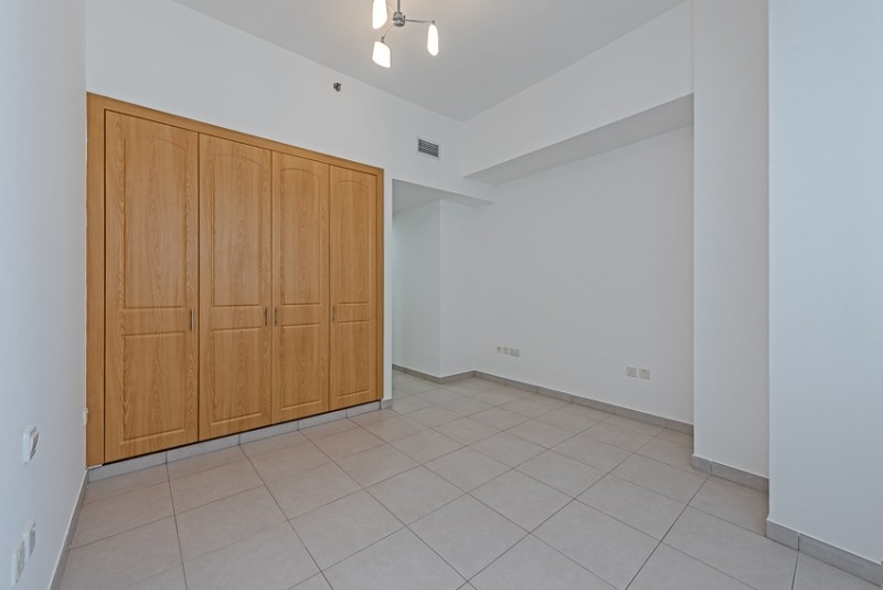 3 Bedroom Apartment For Rent in  Blue Tower,  Sheikh Zayed Road   5