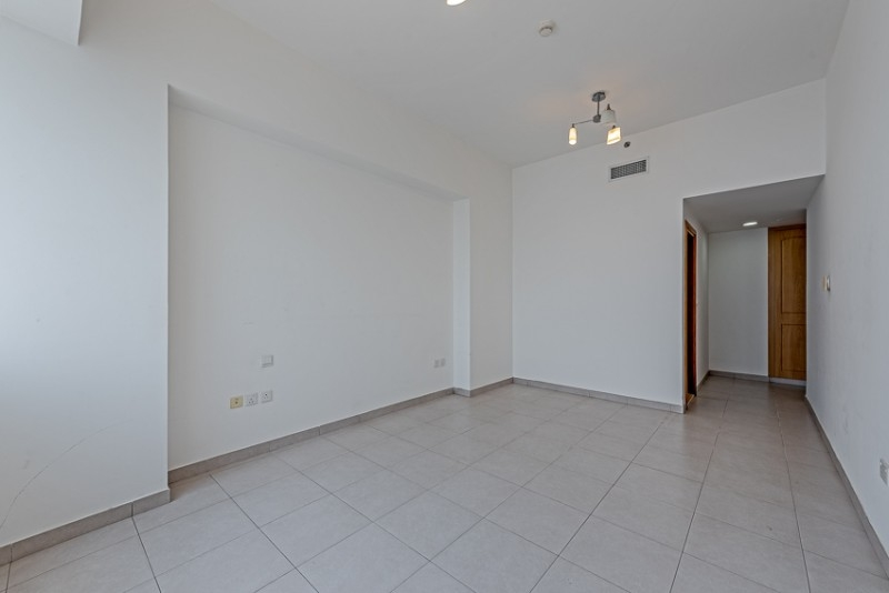 2 Bedroom Apartment For Rent in  Blue Tower,  Sheikh Zayed Road   0