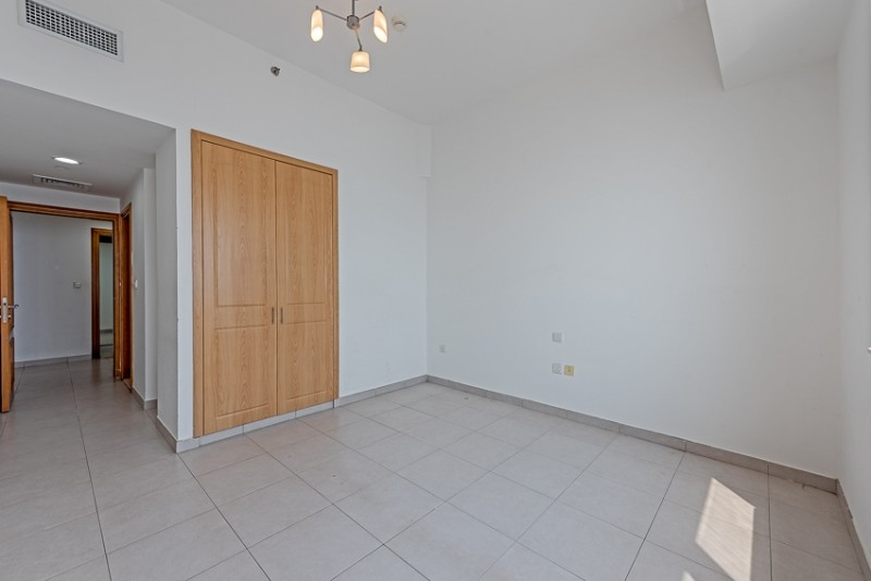 2 Bedroom Apartment For Rent in  Blue Tower,  Sheikh Zayed Road   3
