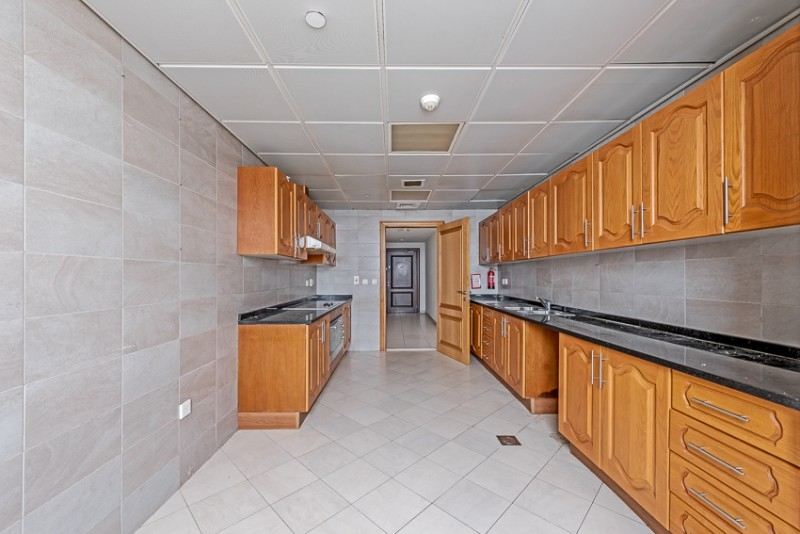 2 Bedroom Apartment For Rent in  Blue Tower,  Sheikh Zayed Road   9