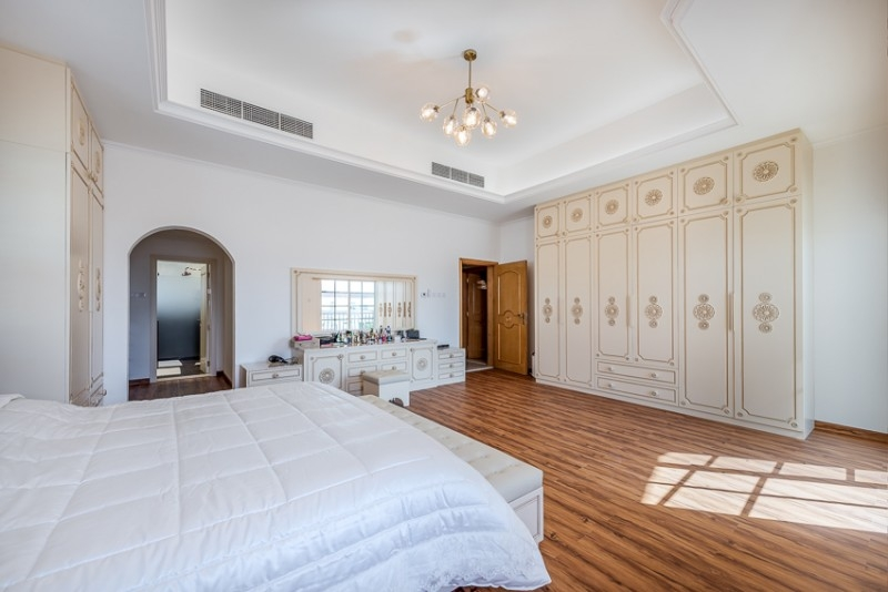 5 Bedroom Villa For Sale in  Umm Al Sheif Villas,  Umm Suqeim   11