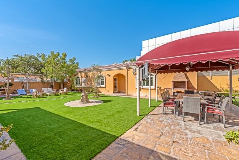 5 Bedroom Villa For Sale in  Umm Al Sheif Villas,  Umm Suqeim   1