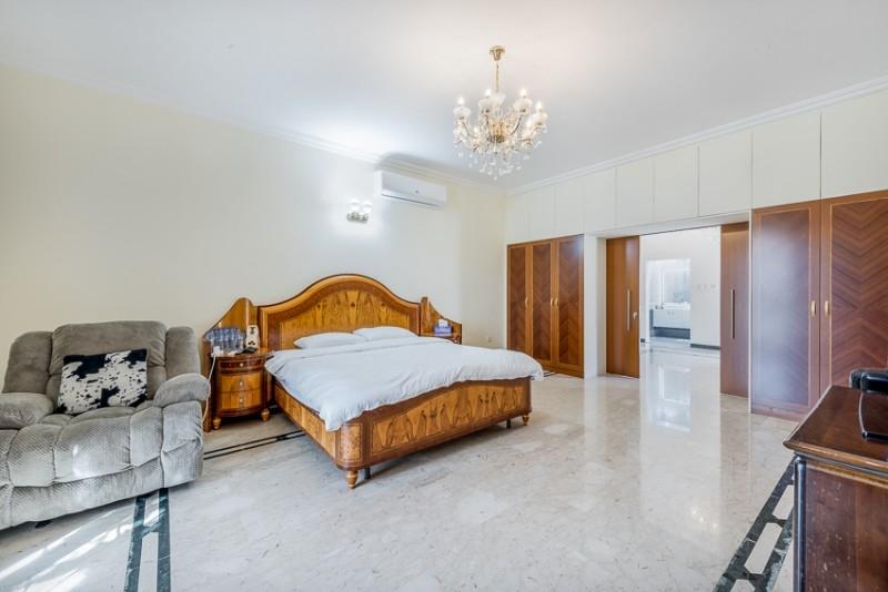 5 Bedroom Villa For Sale in  Umm Al Sheif Villas,  Umm Suqeim   16