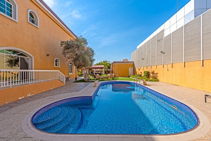 5 Bedroom Villa For Sale in  Umm Al Sheif Villas,  Umm Suqeim   3