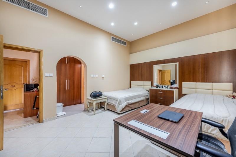 5 Bedroom Villa For Sale in  Umm Al Sheif Villas,  Umm Suqeim   14