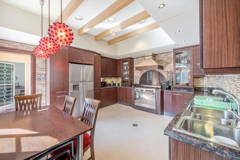 5 Bedroom Villa For Sale in  Umm Al Sheif Villas,  Umm Suqeim   18