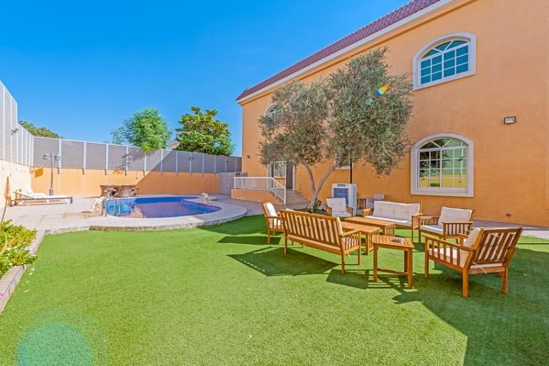 5 Bedroom Villa For Sale in  Umm Al Sheif Villas,  Umm Suqeim   2