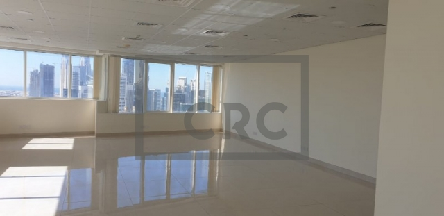 1,019 sq.ft. Office in Jumeirah Lake Towers, Fortune Tower for AED 61,140