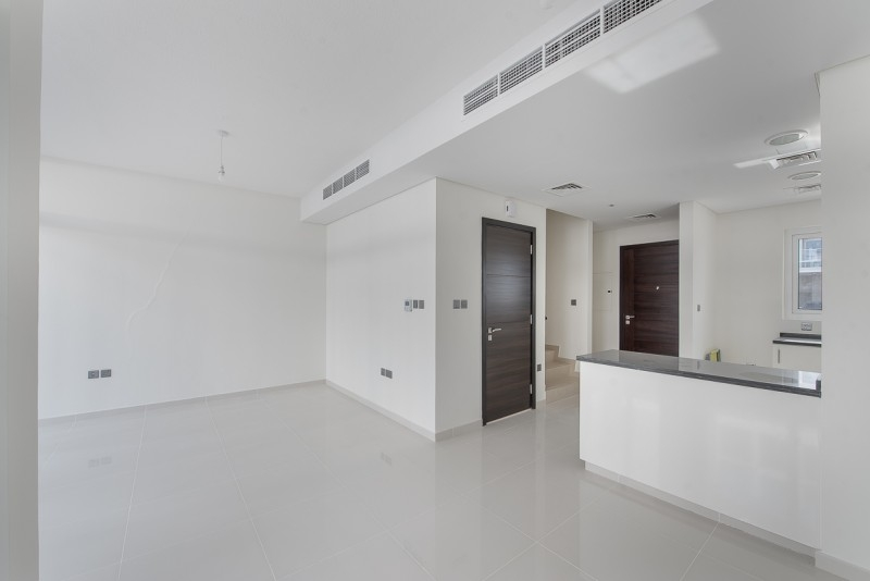 3 Bedroom Townhouse For Sale in  Vardon Cluster,  The Roots Akoya Oxygen | 1