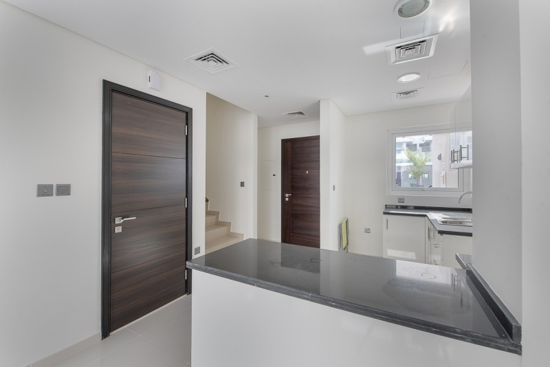 3 Bedroom Townhouse For Sale in  Vardon Cluster,  The Roots Akoya Oxygen | 4