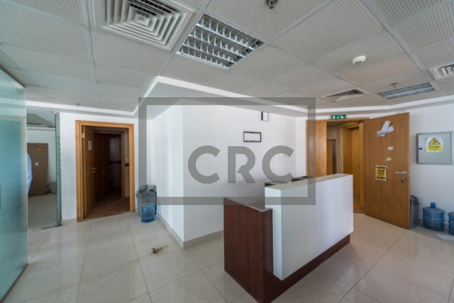 1,865 sq.ft. Office in Jumeirah Lake Towers, Fortune Executive for AED 105,000