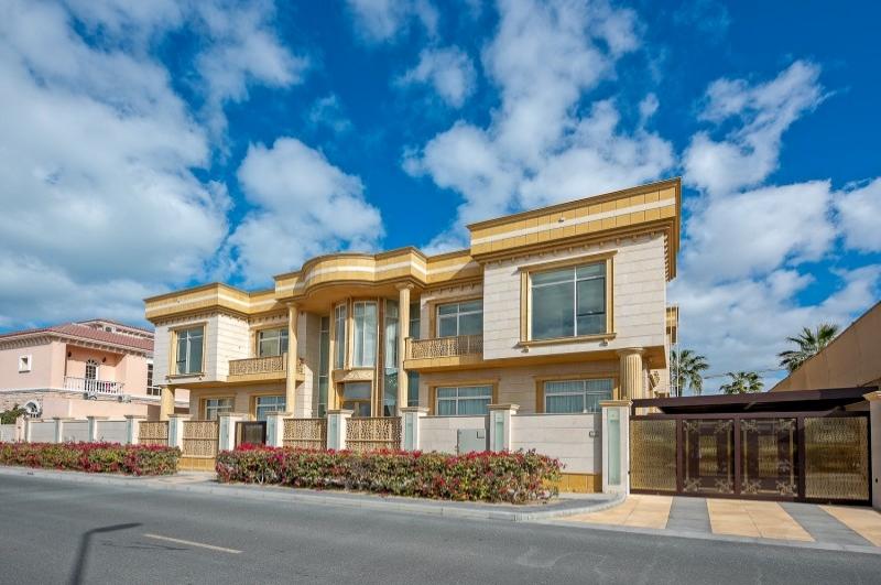 API Jumeirah Villas, Jumeirah