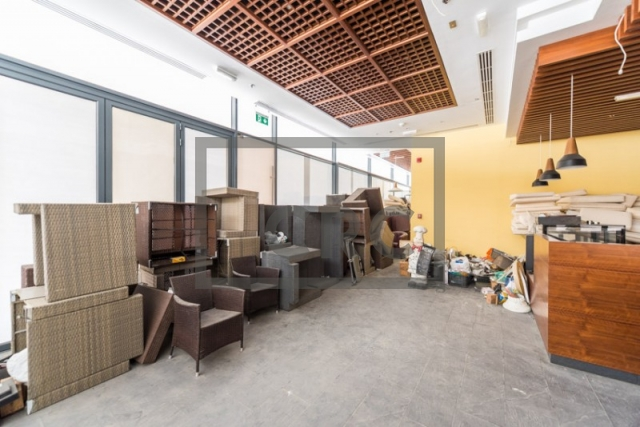 semi-furnished retail for rent in business bay, bay square building 7   2