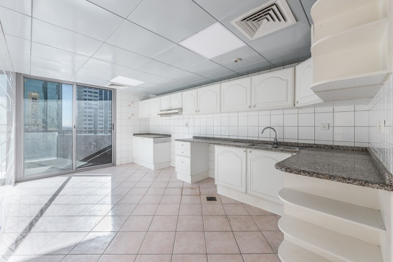 3 Bedroom Apartment For Rent in  Skyline Residence,  Sheikh Zayed Road   2