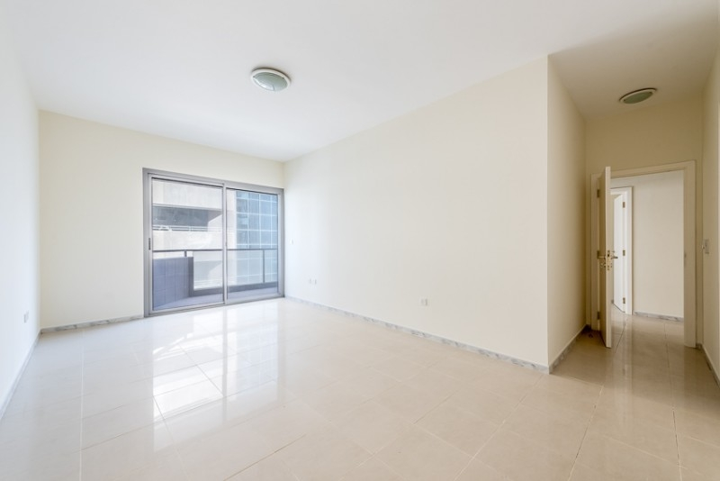 3 Bedroom Apartment For Rent in  Skyline Residence,  Sheikh Zayed Road   4