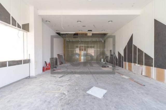 shops & retail spaces for rent in jumeirah 3