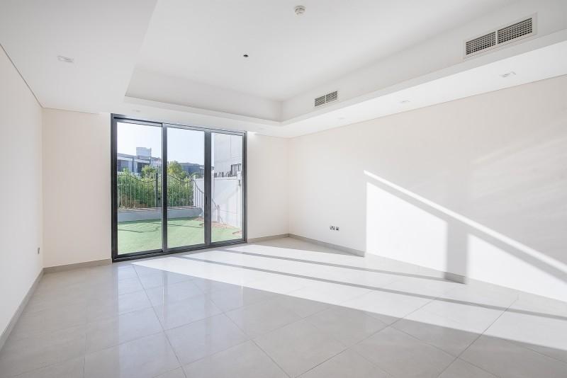 4 Bedroom Villa For Sale in  Casa Flores,  Motor City | 0