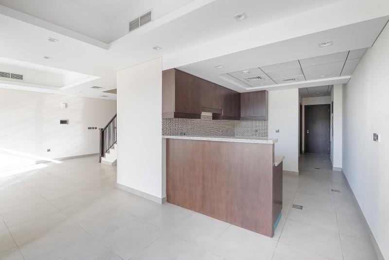 4 Bedroom Villa For Sale in  Casa Flores,  Motor City | 2