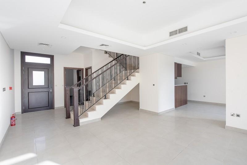 4 Bedroom Villa For Sale in  Casa Flores,  Motor City | 3