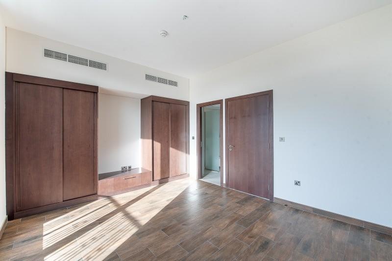 4 Bedroom Villa For Sale in  Casa Flores,  Motor City | 7