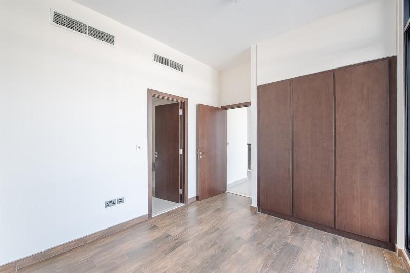 4 Bedroom Villa For Sale in  Casa Flores,  Motor City | 9