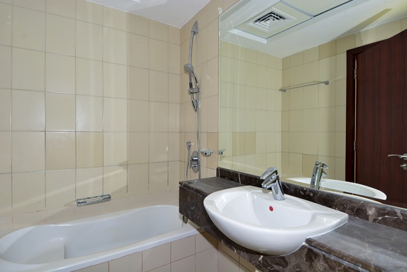 1 Bedroom Apartment For Sale in  Jumeirah Bay X1,  Jumeirah Lake Towers   13