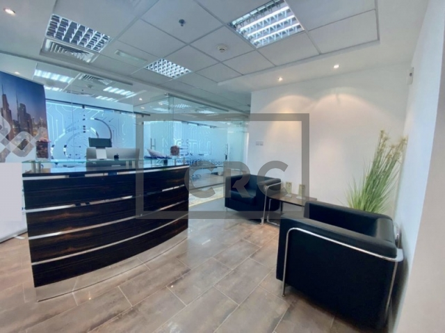 1,351 sq.ft. Office in Jumeirah Lake Towers, Jumeirah Business Centre 4 for AED 1,080,000