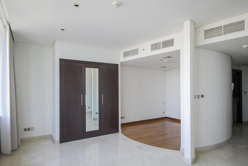 Studio Apartment For Rent in  Sky Gardens,  DIFC | 2