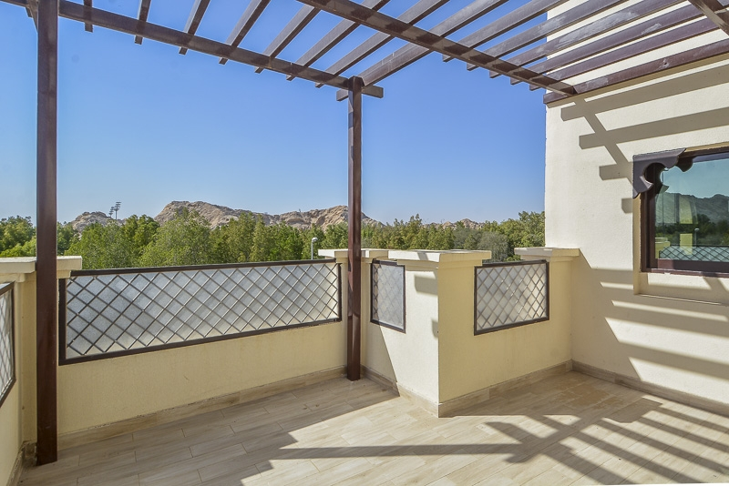 3 Bedroom Villa For Rent in  New Sarooj,  Al Sarooj   11