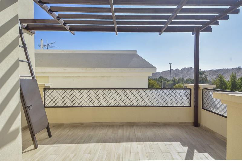 3 Bedroom Villa For Rent in  New Sarooj,  Al Sarooj   16