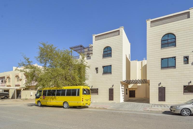 3 Bedroom Villa For Rent in  New Sarooj,  Al Sarooj   20
