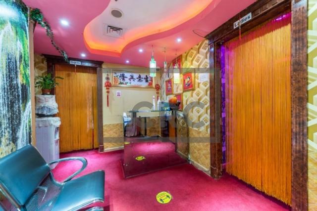 commercial building for sale in deira, al muraqqabat 596 | 6