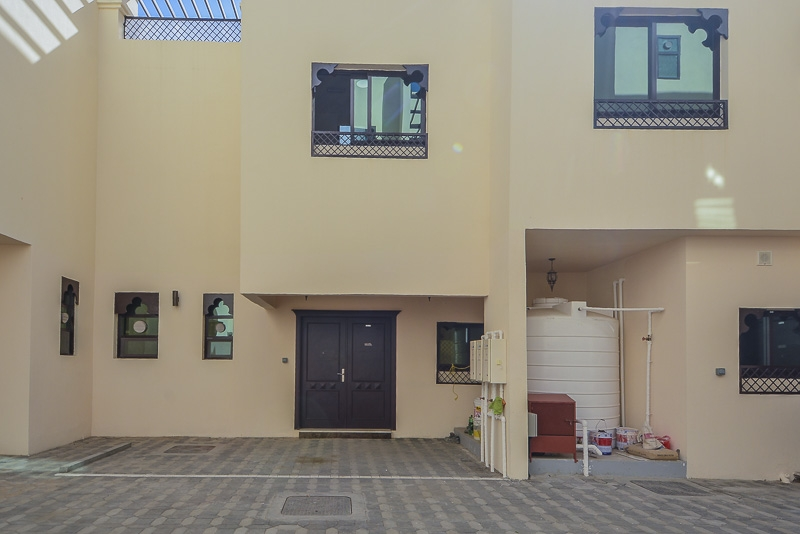 3 Bedroom Villa For Rent in  New Sarooj,  Al Sarooj   14