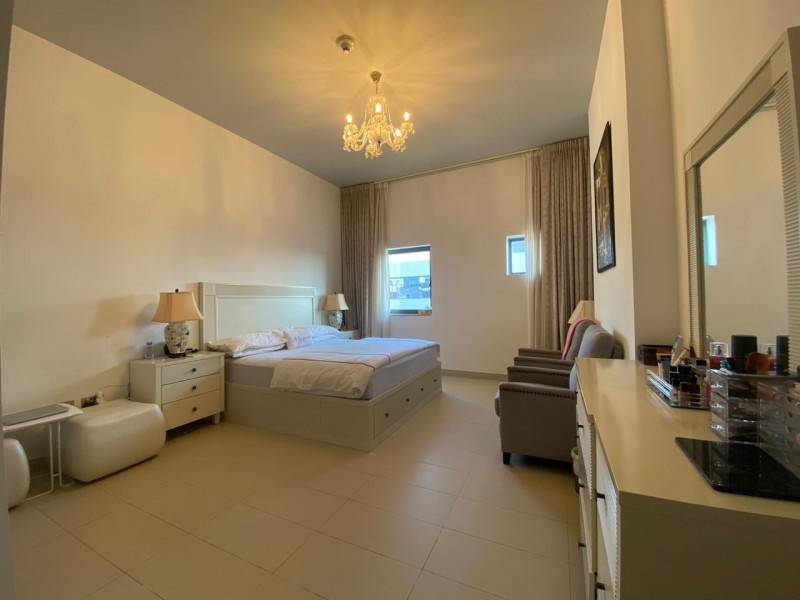 2 Bedroom Apartment For Sale in  Oia Residence,  Motor City | 8