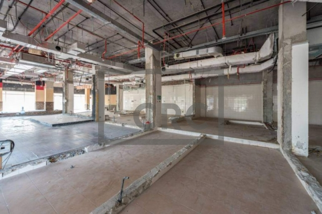 shops & retail spaces for rent in jumeirah lake towers